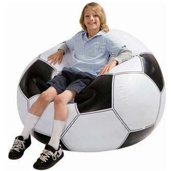 opblaasbare reuze zetel in vorm van voetbal