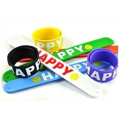 snap silicone bracelet